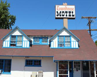 Townhouse Motel - Bishop - Building