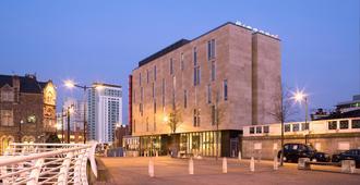 Sleeperz Hotel Cardiff - Cardiff - Toà nhà
