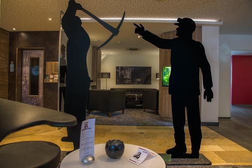 Top Hotel Esplanade Dortmund - Ντόρτμουντ - Bar