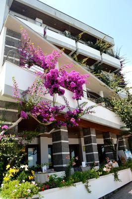 Cala Luna - Dorgali - Building