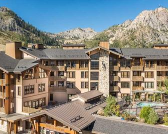 The Village At Squaw Valley - Olympic Valley - Building