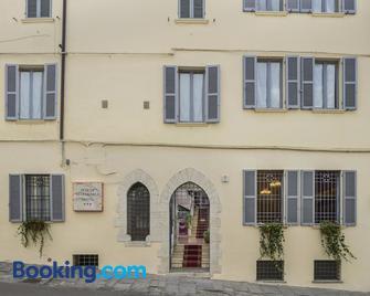 Hotel Porta Marmorea - Gubbio - Gebäude