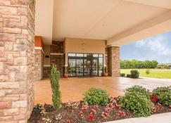 Comfort Suites Bossier City - Shreveport East - Bossier City - Building