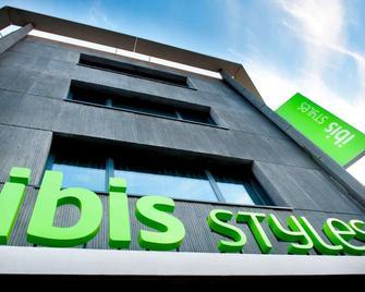 ibis Styles Brest Centre Port - Brest - Building