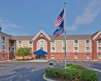 Candlewood Suites East Syracuse - Carrier Circle - East Syracuse - Building