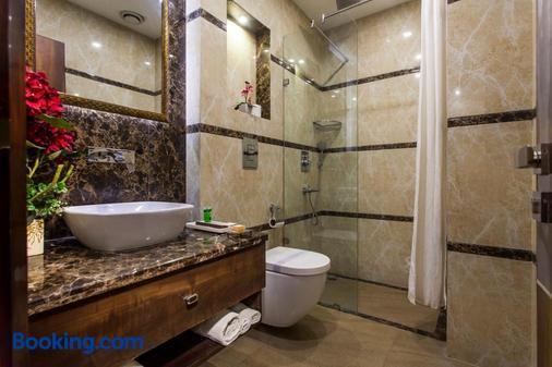 傳統日星酒店 - 新德里 - 新德里 - 浴室