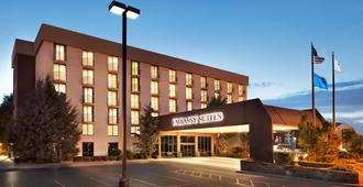 Embassy Suites by Hilton Oklahoma City Will Rogers Airport - אוקלהומה סיטי