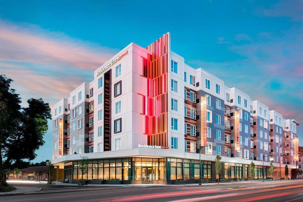 Residence Inn By Marriott Boston Watertown 166 5 4 8 Watertown Hotel Deals Reviews Kayak