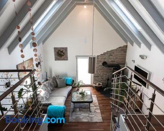 Tauber Relax Loft - Tauberbischofsheim - Living room