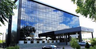 Canvas Hotel Shymkent - Shymkent