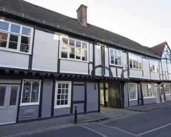 The Ostrich Inn - Slough - Building