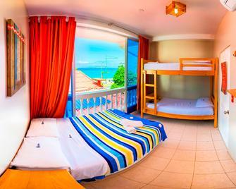 Chescos Hostel & Hotel - Salinas - Спальня