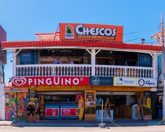 Chescos Hostel & Hotel - Salinas (Santa Elena) - Edificio