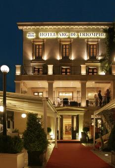 Arc de Triomphe by Residence Hotels - Bucharest - Building