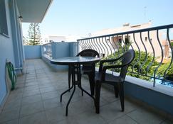 Chalkida Apartments - Calcis - Balcón