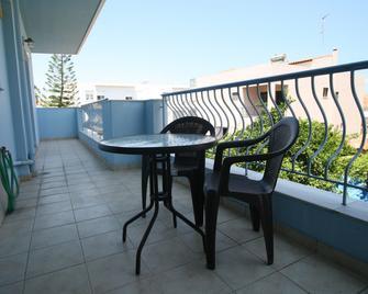 Chalkida Apartments - Chalcis - Balcony