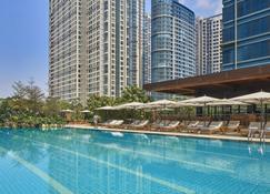 馬尼拉君悅大飯店 - 塔吉格市 - 游泳池