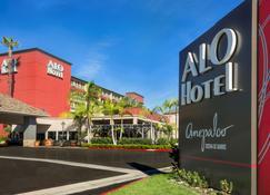 Alo Hotel By Ayres - Orange - Gebäude