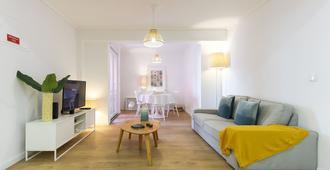 Cosy House - Sónias Houses - Lisbon - Living room