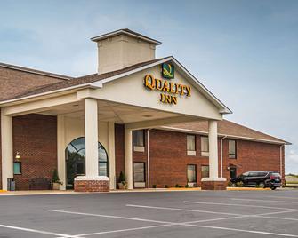 Quality Inn - Berea - Building