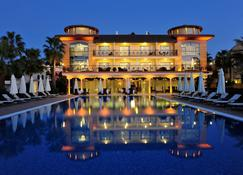 Villa Augusto Boutique Hotel & Spa - Конакли - Building