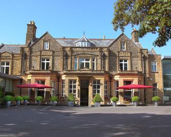 Lanes Hotel - Yeovil - Gebouw