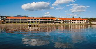 Millennium Hotel & Resort Manuels - Taupo - Outdoors view
