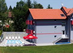 Plitvice Palace - Rakovica - Rakennus
