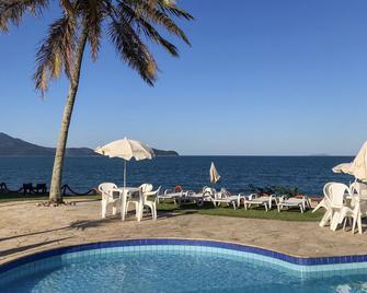 Brisa Hotel - Caraguatatuba - Piscina