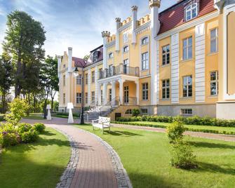 Relais & Châteaux Hotel Quadrille - Gdingen - Gebäude
