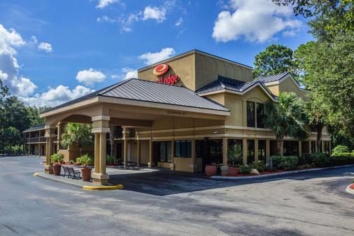 Econo Lodge - Palm Coast - Building