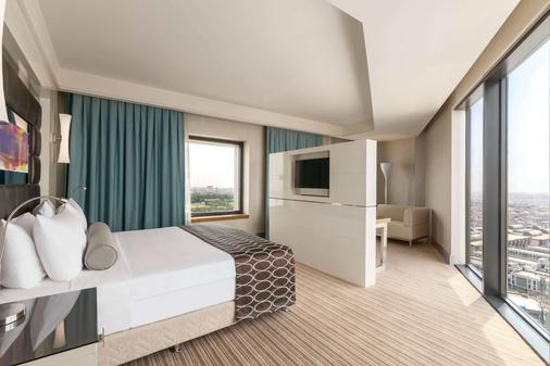 Ramada Plaza by Wyndham Istanbul Tekstilkent - Istanbul - Bedroom