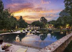 Templation Hotel - Siem Reap - Basen