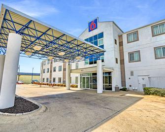 Motel 6 Killeen - Killeen - Building
