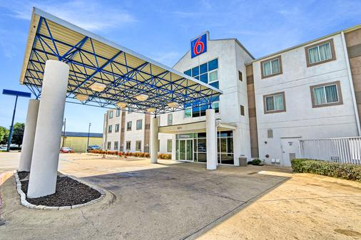 Motel 6 Killeen - Killeen - Building