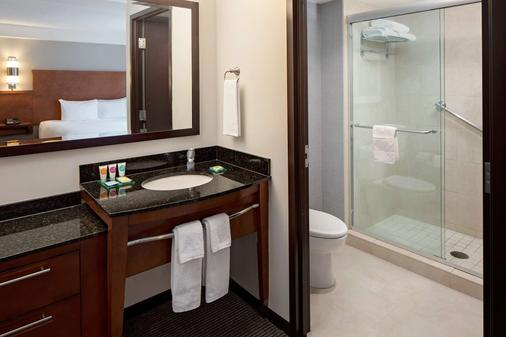 Hyatt Place Pittsburgh North Shore - Pittsburgh - Bathroom