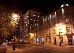 アパートメント パーフェクト ビュー F1 アンド シー - バクー - 建物