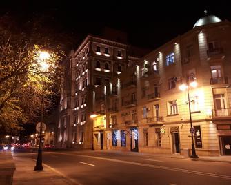 Apartment perfect view F1 and Sea - Bakú - Edificio