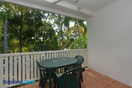 Seascape Holidays - Coral Apartments - Port Douglas - Balcony