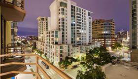 Best Western Plus Bayside Inn - San Diego - Bedroom