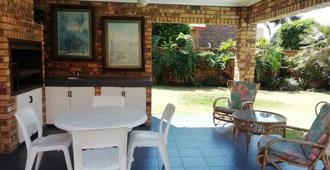 Acquila Bed and Breakfast - Kempton Park - Patio