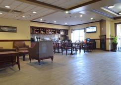 Best Western Airport Suites - Indianapolis - Hành lang