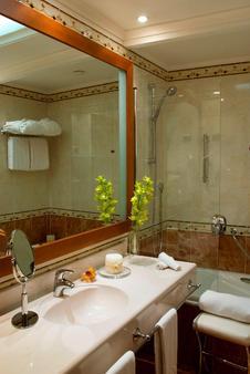 米開朗基羅星際酒店 - 羅馬 - 羅馬 - 浴室