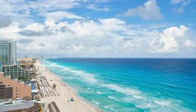 JW Marriott Cancun Resort & Spa - Cancún - Beach