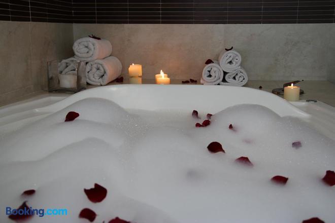 Hotel Rio 1300 - Cuernavaca - Bathroom