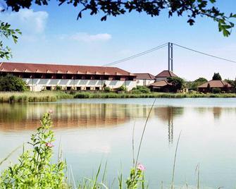 The Humber Bridge Hotel - Barton-upon-Humber - Outdoors view