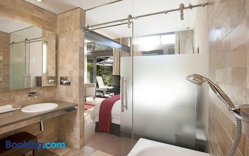 Vineyard Hotel - Cape Town - Bathroom