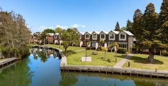 Ramada Resort By Wyndham Rotorua Marama - Rotorua - Edificio