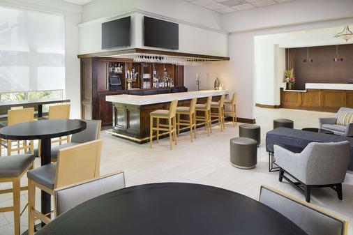 DoubleTree by Hilton Los Angeles Commerce - Commerce - Bar