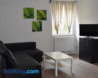 Ferienwohnung 1 - Kayserstube - Ainring - Sala de estar
